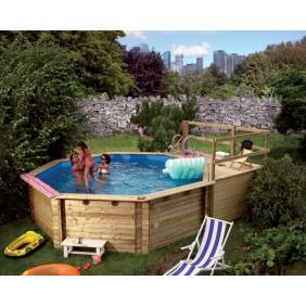 Karibu Pool Modell 1 A/B/C/D - kesseldruckimprägniert (Abb. inkl. Zubehör: Bodenschutzvlies, Folie, Holzdeck, Edelstahlleiter und Holzleiter)
