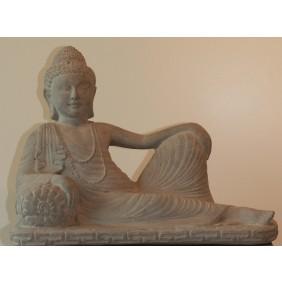 gartenselect Kunststeinfigur Lying Buddha naturgrau