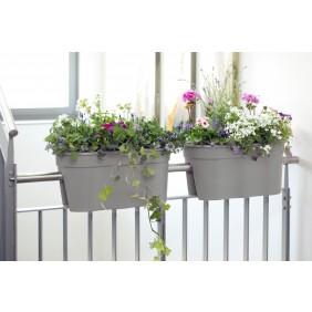 Blumentöpfe für Balkon/Geländer