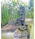 Heissner Teichfigur, Junge mit Flöte