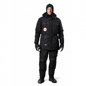 Snickers Workwear 1889 XTR Arctic Winterparka Person