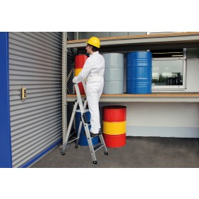 Günzburger Aluminium-Stehleiter einseitig begehbar mit clip-step