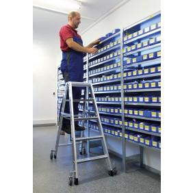 Günzburger Aluminium-stehleiter beidseitig begehbar mit relax step und Rollen