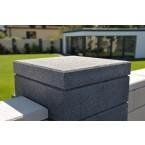 WESERWABEN Trend-Line Pfeilerelement Anthrazit Granit gestrahlt Gestaltungsbeispiel