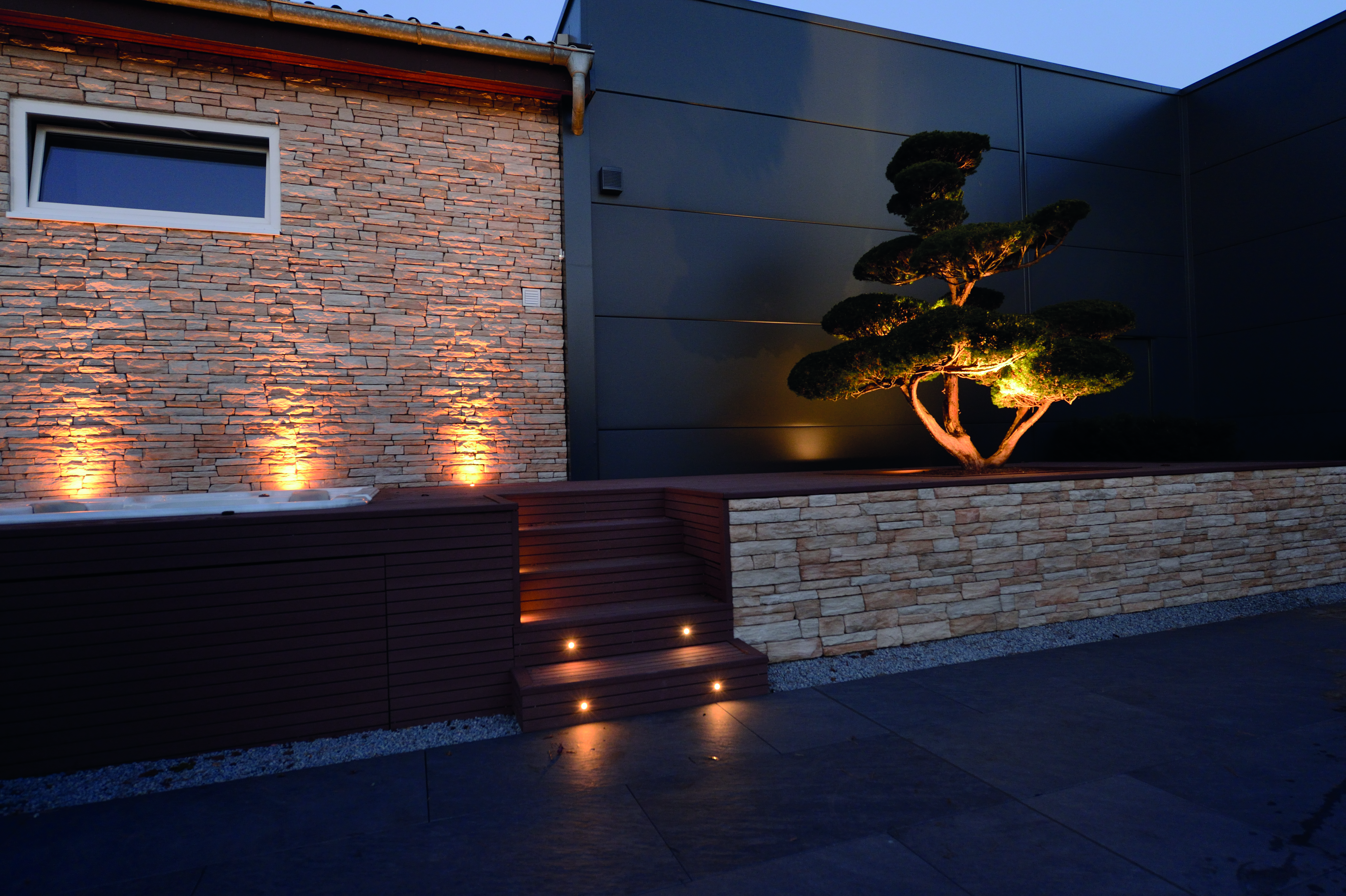 terrassenbeleuchtung boden swalif. Black Bedroom Furniture Sets. Home Design Ideas