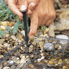 Hält Laub vom Teich fern: das Oase AquaNet Teichnetz